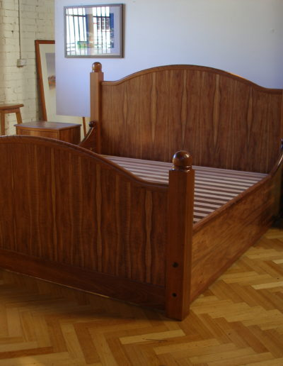 Full end bed